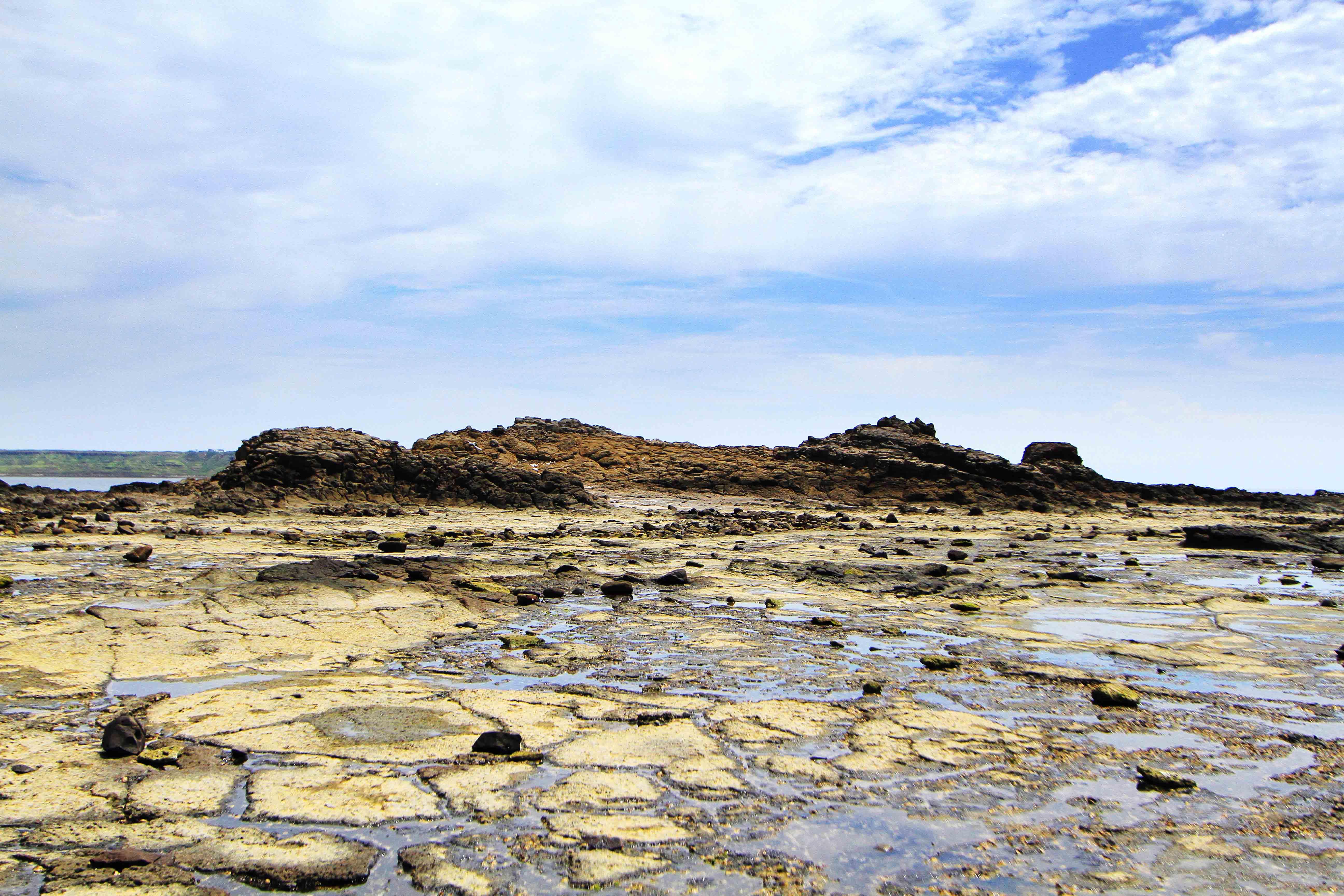 學仔尾海蝕平台與陸連島